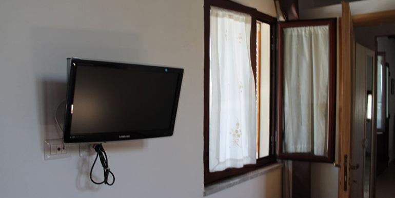 finiestra-sole-appartamento-1024x682