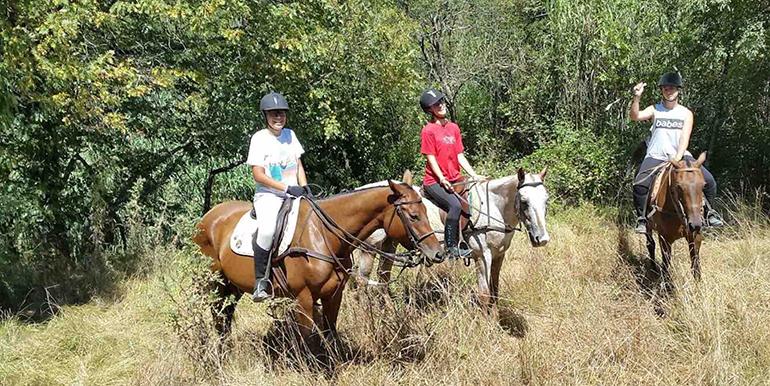 sports360-finale-ligure-equitazione-easy-horse-center-passeggiate-cavallo-13
