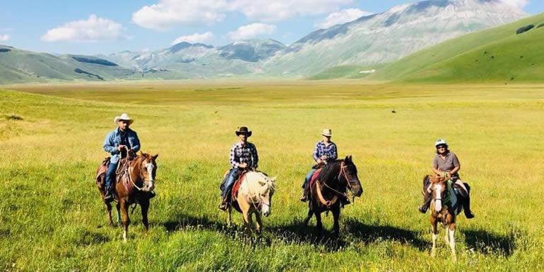 sibillini_ranch_bookinghorse_1